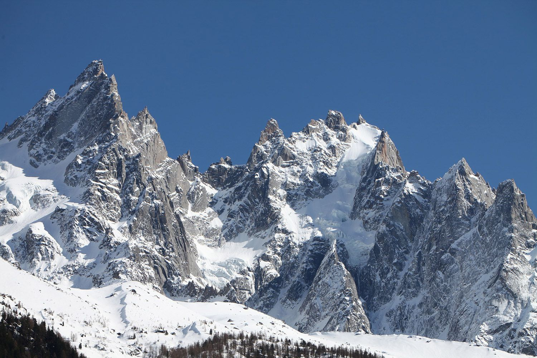 Odyssée Alpes : Photo de montagne sous la neige